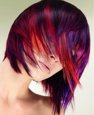 capelli corti e colorati