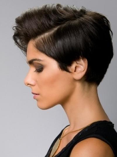 Short-Hair-Style-Trends-for-Women-9
