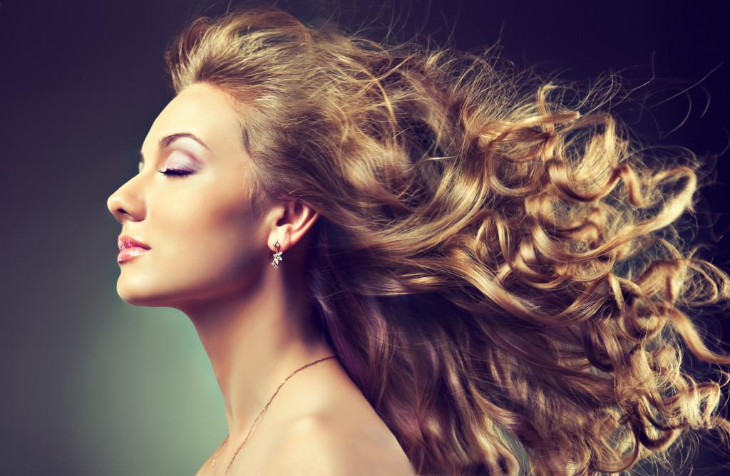wavy hair capelli-1024x668