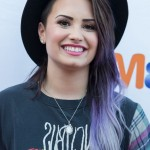Demi-Lovato-Dark-to-Purple-Ombre-Hairstyle-for-Long-Hair