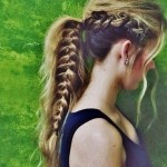 Ponytail-Hairstyle-with-Braid