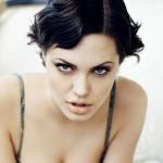 Angelina-Jolie-Sexy-Short-Wavy-Bob-Hairstyle