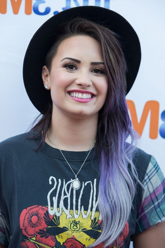 Demi-Lovato-Dark-to-Purple-Ombre-Hairstyle-for-Long-Hair Demi-Lovato-Dark-to-Purple-Ombre-Hairstyle-for-Long-Hair