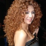 Sexy-Long-Curly-Hairstyle-for-Women