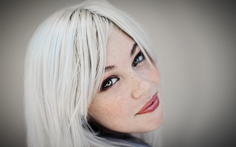 Perch abbiamo i capelli bianchi - Bagno di colore copre i capelli bianchi ...