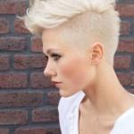 capelli-rasati-biondo-platino