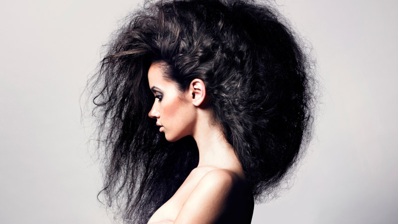 capelli-crespi-e-secchi