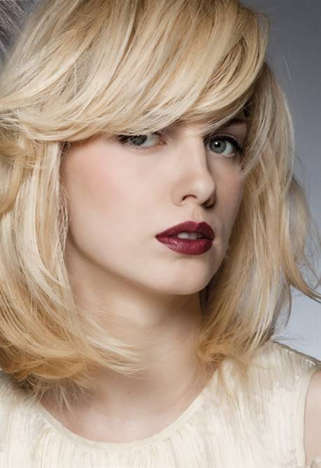 Moda capelli: Tagli scalati e tendenze bionde, 50 acconciature!