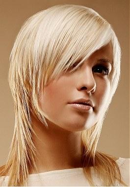 capelli_scalati_donna capelli_scalati_donna