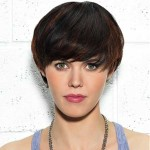 25-Short-Trendy-Hairstyles-for-Women_12