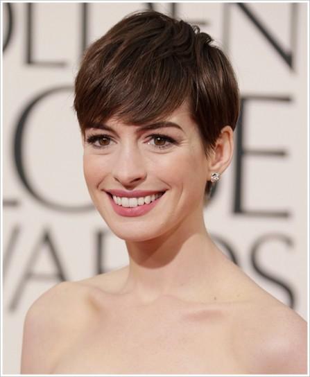 Anne Hathaway Con Capelli Cortissimi Capellistyle