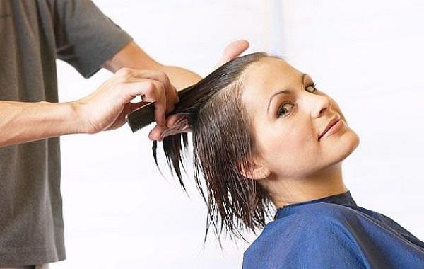 tagliare-capelli-1 tagliare-capelli-1