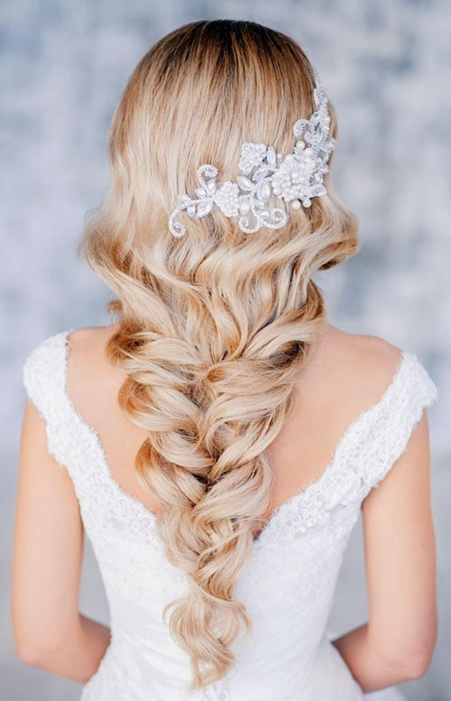 tendenze-estate-acconciature-da-sposa tendenze-estate-acconciature-da-sposa
