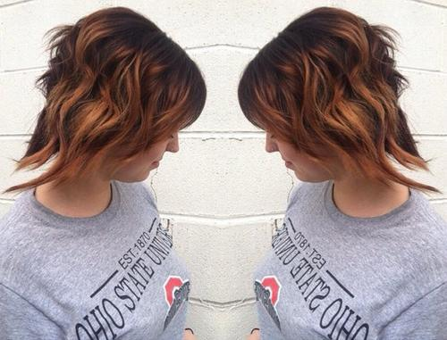 16-wavy-layers-with-graduated-color