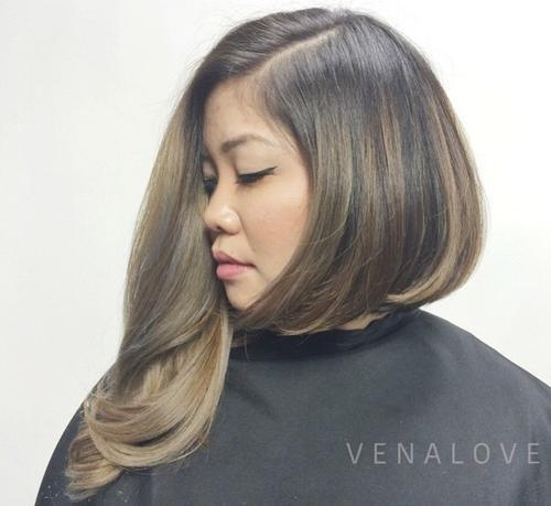 2-asymmetric-bob-with-loose-waves 2-asymmetric-bob-with-loose-waves