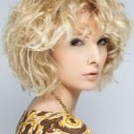 Cute-Medium-Hair-Style-Ideas