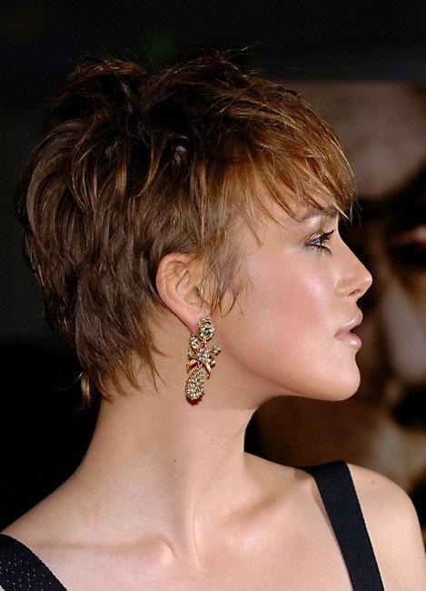 Taglio pixie con capelli molto corti Keira-Knightley-short-pixie-haircut