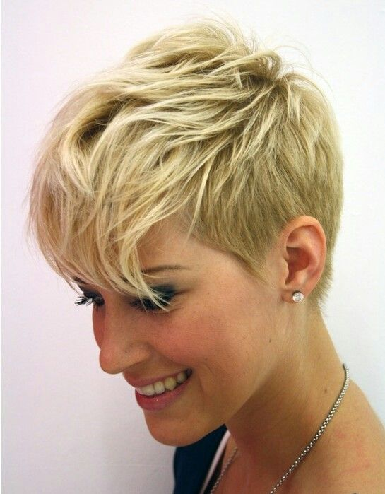 Stylish-Messy-Short-Haircut-for-Women