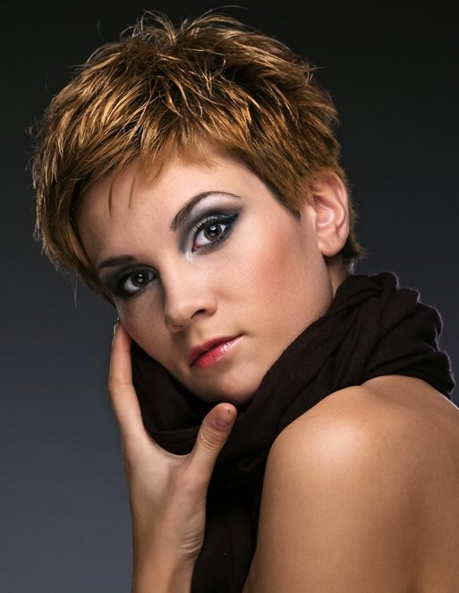 Web-Collections-short-brown-straight-hairstyles