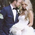 Wedding-Hairstyles-Wavy-Curls