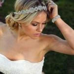Wedding-Hairstyles-with-Headband