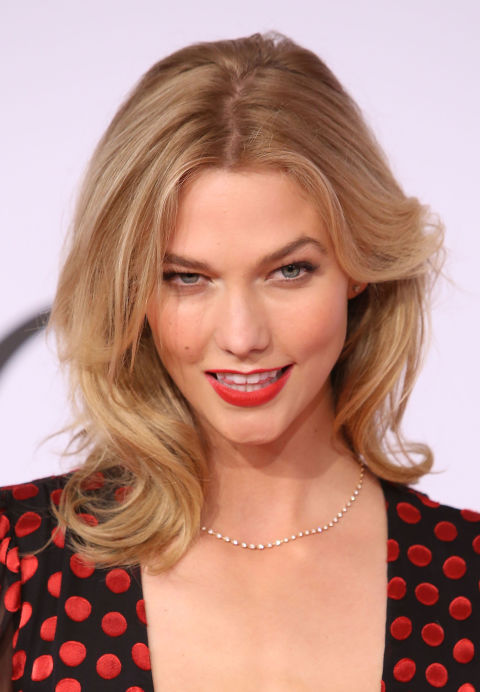 capelli lunghi 08-karlie-kloss