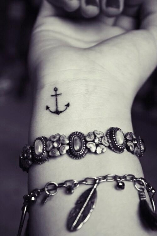 15-tiny-tattoos-you-can't-wait-to-have14 15-tiny-tattoos-you-can't-wait-to-have14