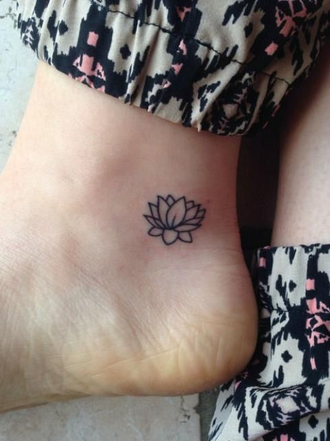 15-tiny-tattoos-you-can't-wait-to-have8