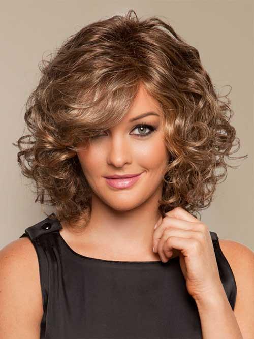 Short-Shoulder-Length-Curly-Bob-Hair