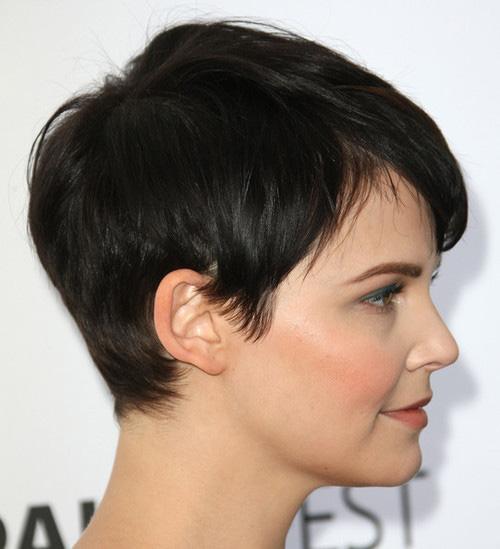 Women-Classic-Pixie-Haircut