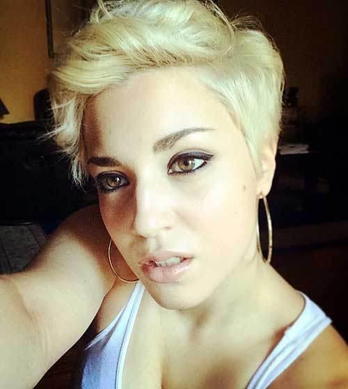 tagli pixie ricci 17-blonde