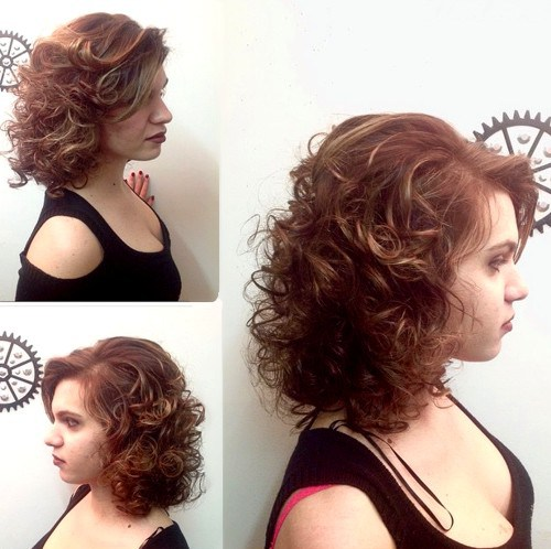 Tagli di capelli ricci con permanente