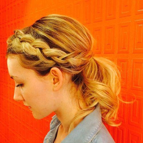 code di cavallo disordinate 19-pony-with-wrap-around-braid-for-short-hair