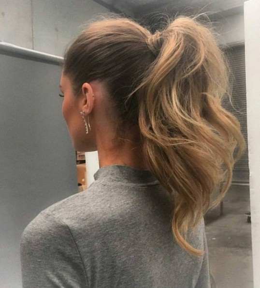 Amazing-Ponytail-Quick-and-Easy-Hairstyles-for-School Amazing-Ponytail-Quick-and-Easy-Hairstyles-for-School