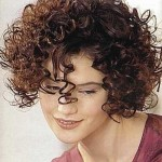 Short-Hairstyles-for-Thick-Curly-Frizzy-Hair