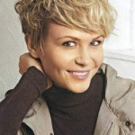 Short-hairstyles-for-thick-wavy-hair-and-long-face