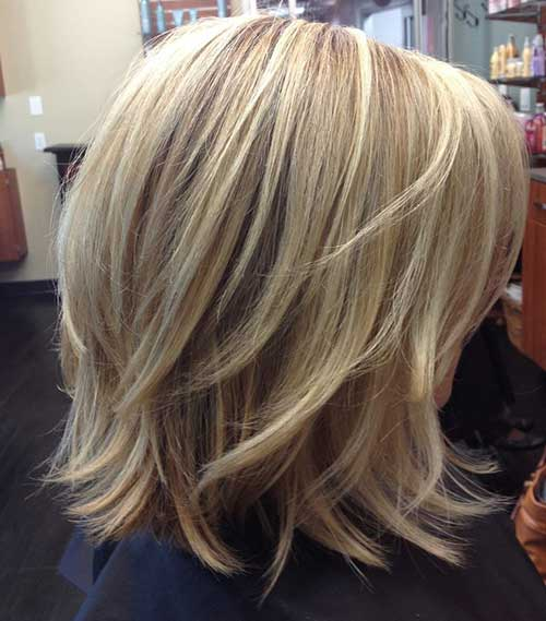 Short-to-Medium-Layered-Hair