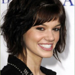 short-hairstyles-for-curly-hair-with-bangs