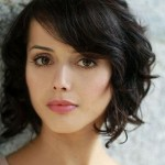 short-hairstyles-for-oval-faces-and-wavy-hair-127