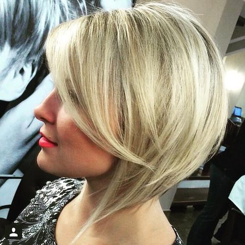 Taglio bob medio capelli fini