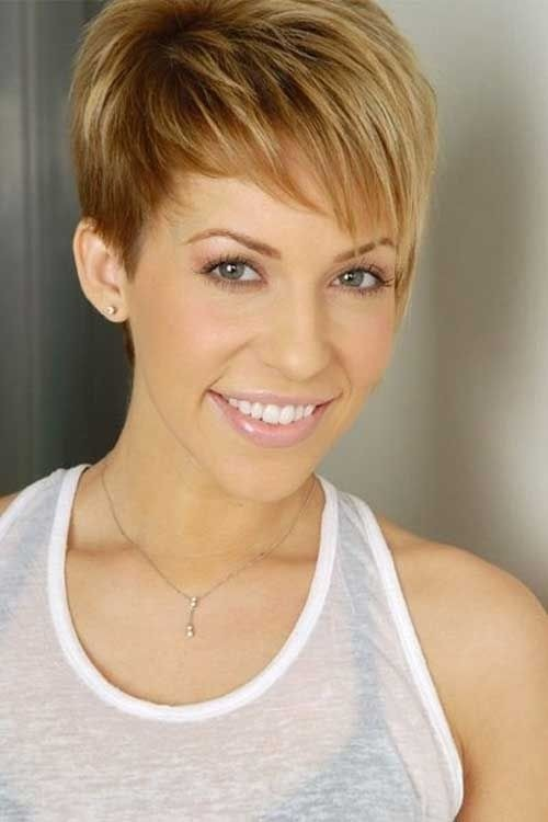 cute-easy-pixie-haircut-for-long-face