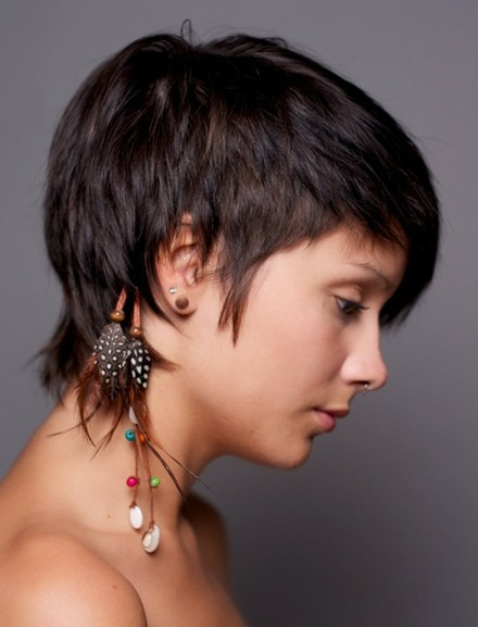 Straight-Cropped-Hairstyles-Very-Short-Haircuts-for-Women