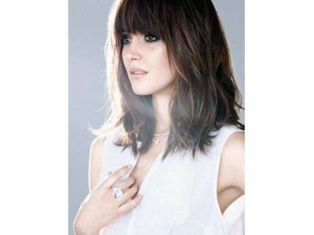 Tagli capelli con frangia foto
