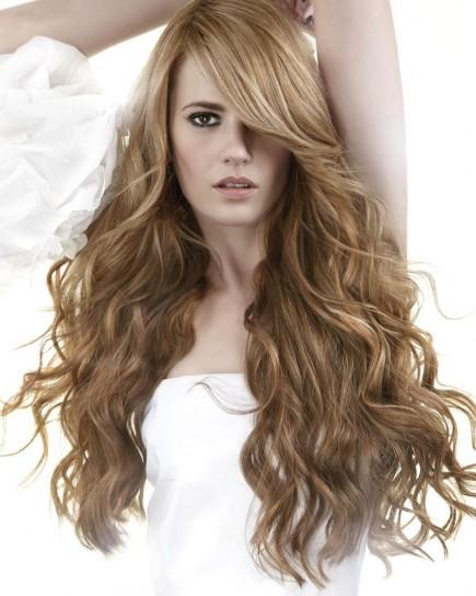 abbastanza tagli-capelli-mossi-lunghi-e-scalati-con-ciuffo-laterale  RR15