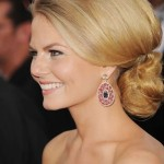 Elegant-Chignon-Hairstyle-for-Formal-Occasions