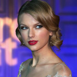 Taylor-Swift_su_vertical_dyn