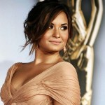 demi-lovato-make-up-capelli-sera-pesca-dim