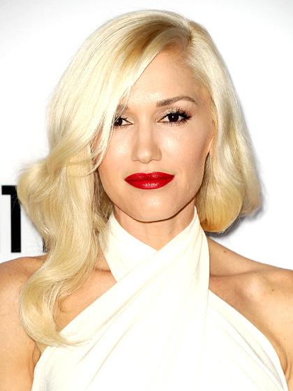 sfumature capelli biondi fair-skin-platinum-blonde-hair-gwen-stefani