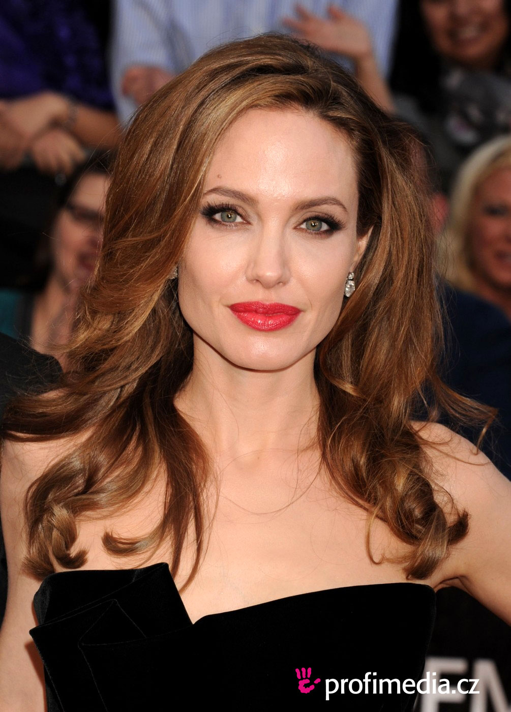 Angelina Jolie Bob Hair Angelina Jolie,...