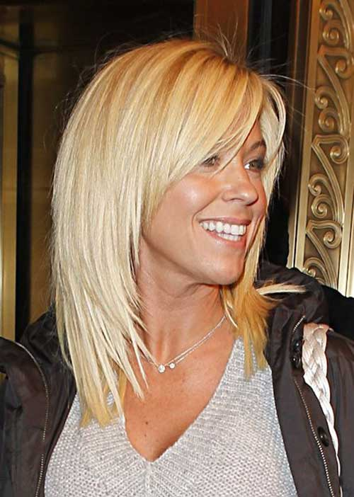 Short To Medium Hairstyles For Women Over 50: Corti Per L'inverno 2016